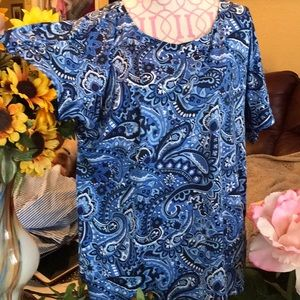 NWT Plus Size Pretty in Blue Paisley Top